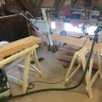 Restaureren 4 stuks antieke garagedeuren en vervaardigen twee douglas kozijnen voor boothuis
