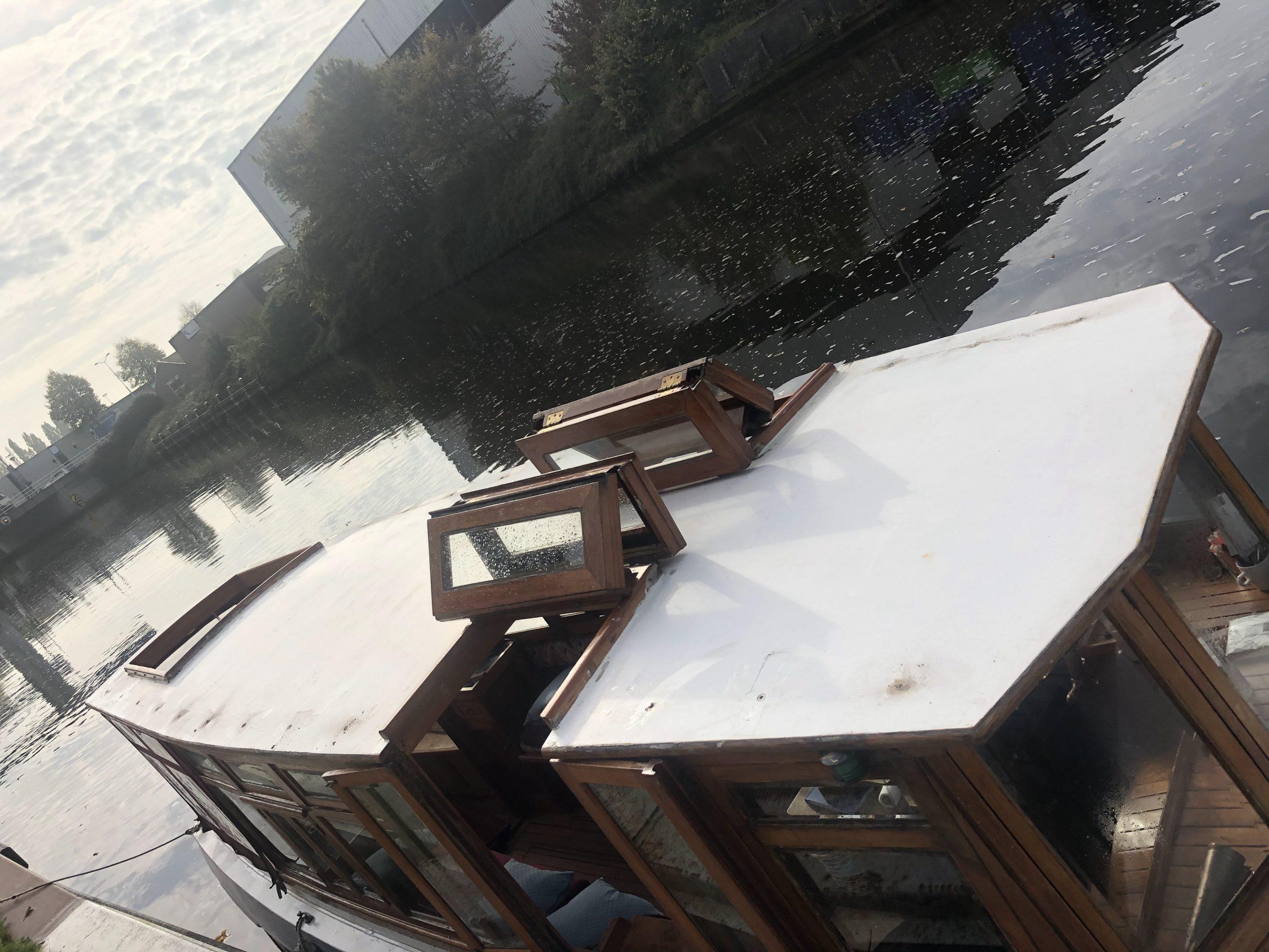 Vervangen handrail salonbootje 'Lelie'