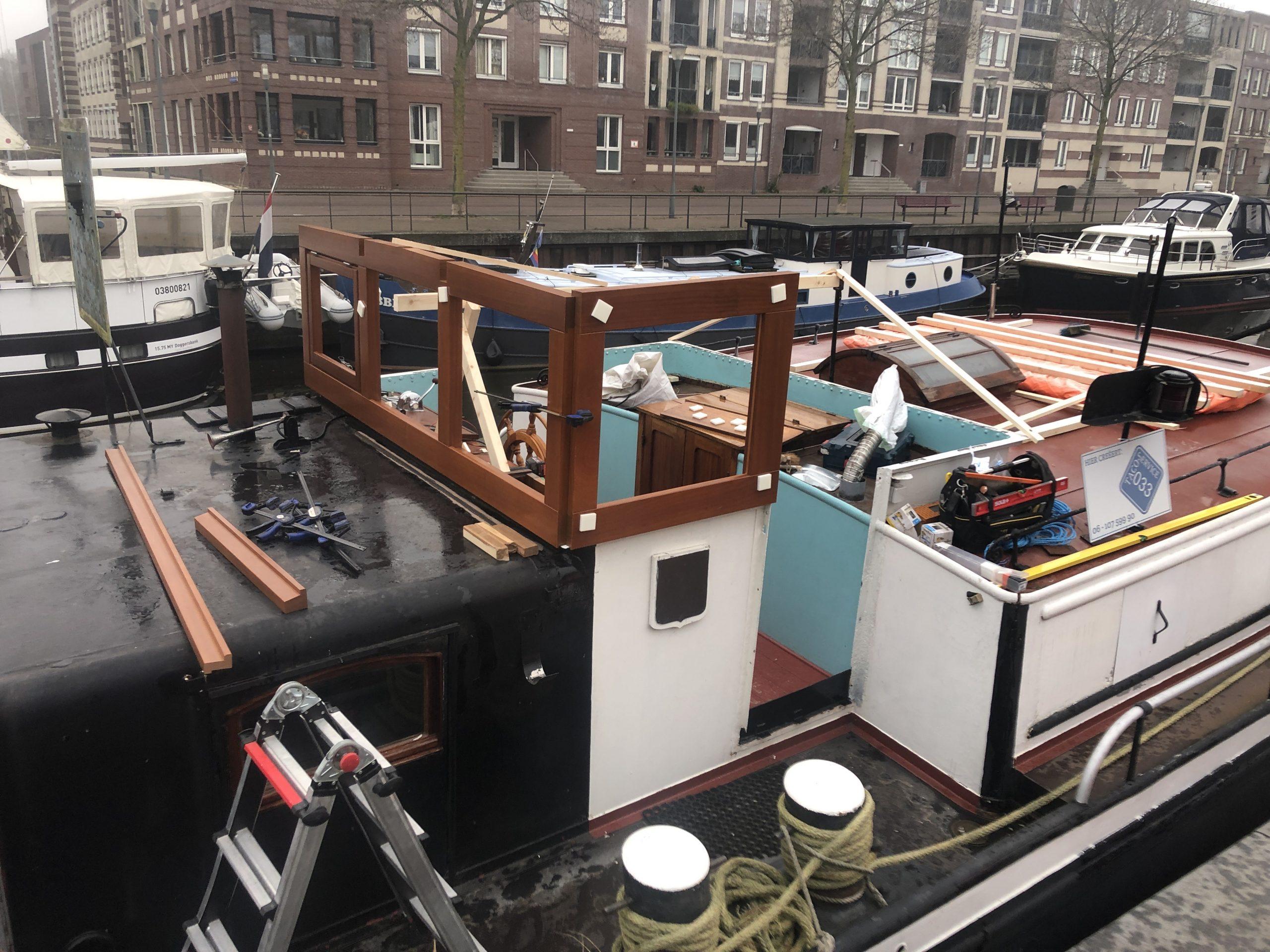 Vervangen houten stuurhuis spits Vita Nova
